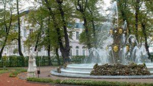 visiter jardins d'été saint-pétersbourg
