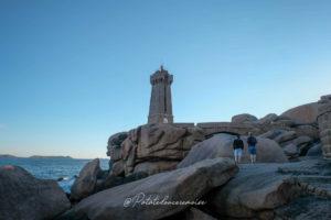 phare de ploumanach bretagne