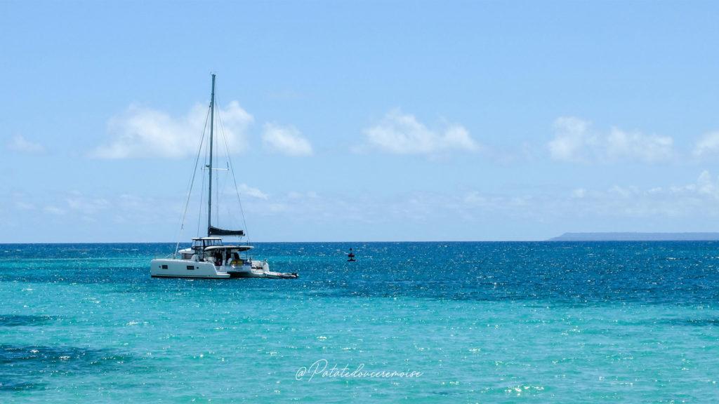 plage sainte anne bateau